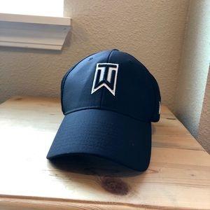 Tiger Woods Nike Vapor Golf Hat